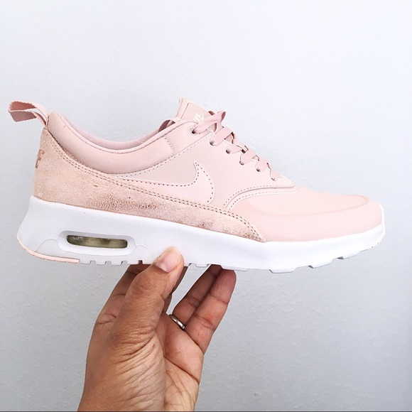 4b15951484c Nike Air Max Thea Premium Women s Shoes Size 7